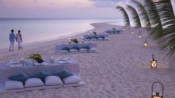 Four-Seasons-Resort-Maldives