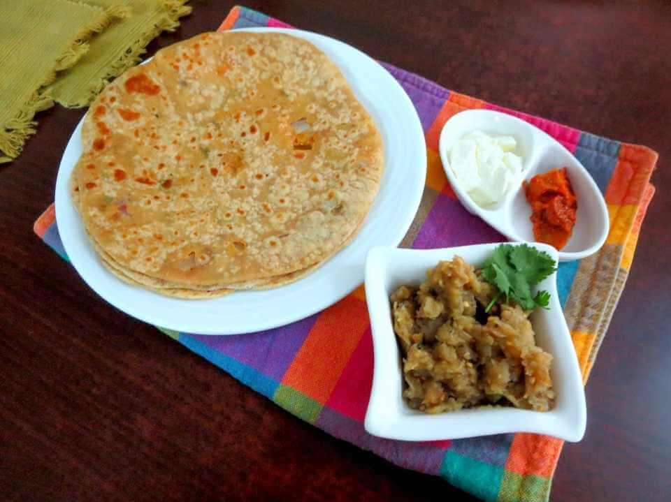 sattu_ka_paratha_with_baingan_ka_bharta
